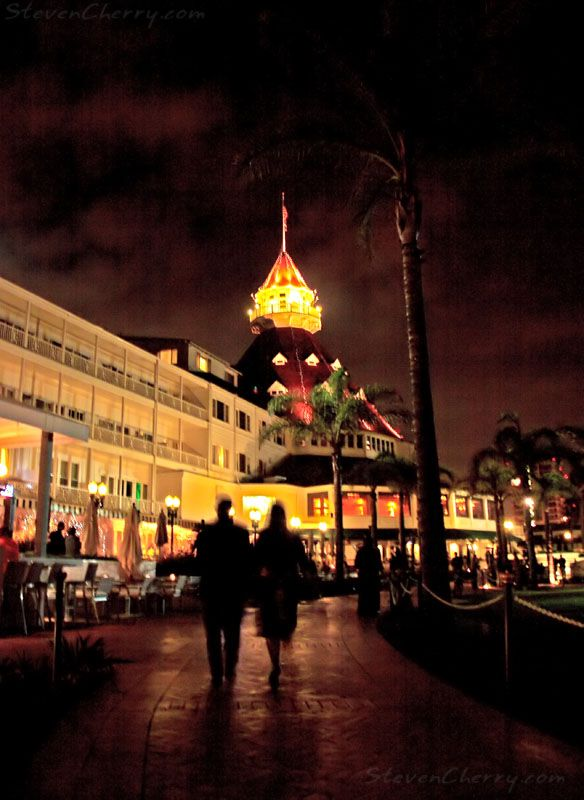 Evening Stroll At The Hotel Del #san Diego #hotel Del
