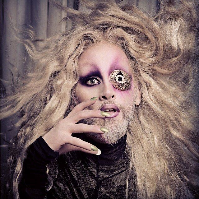 Mathu Andersen Bearded lady, Best makeup products