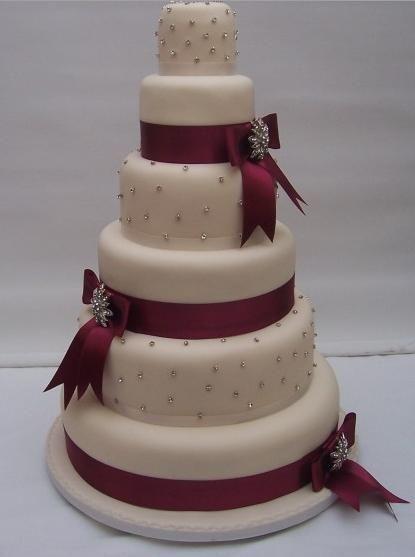 Торт бордовый свадебный