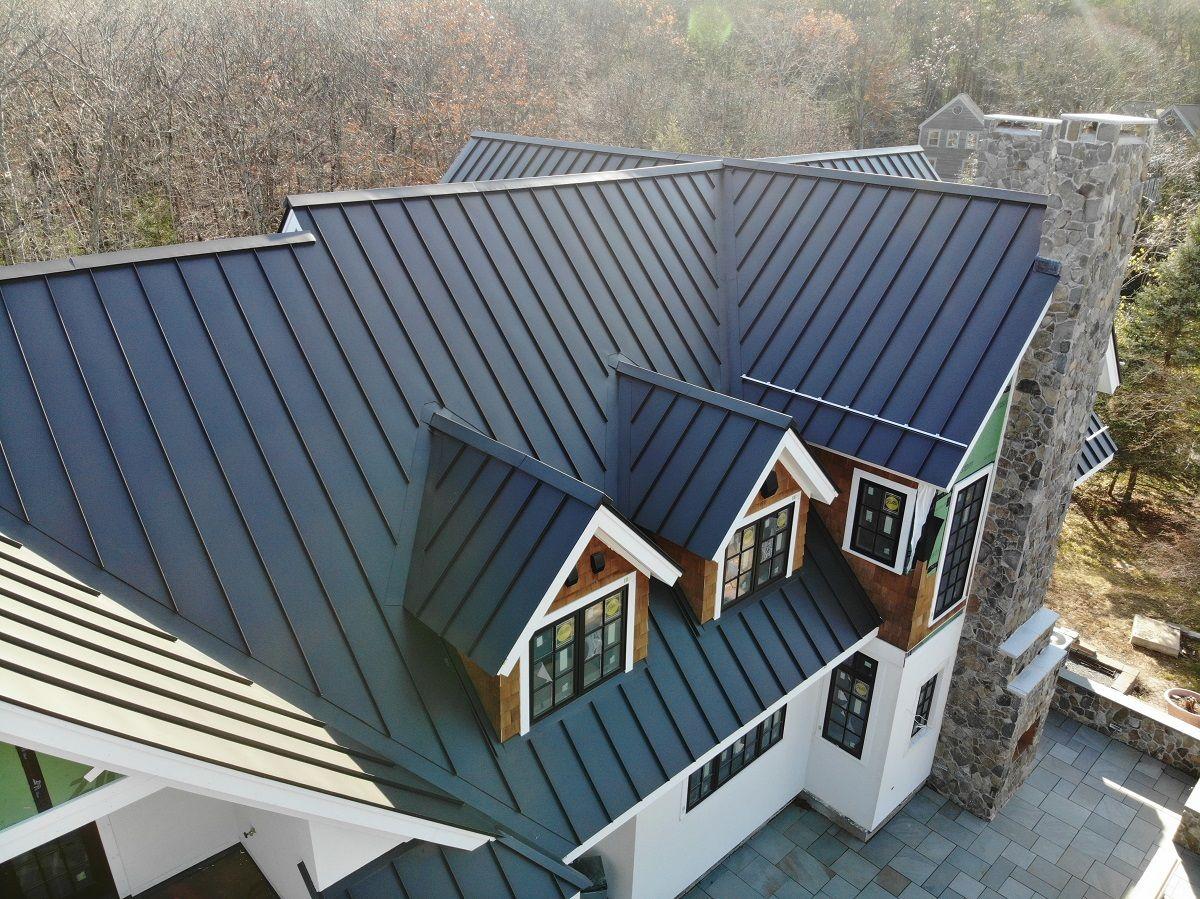 Standing Seam Classic Metal Roofs Llc Stow Ma Standing Seam Metal Roof Metal Roof Houses Standing Seam