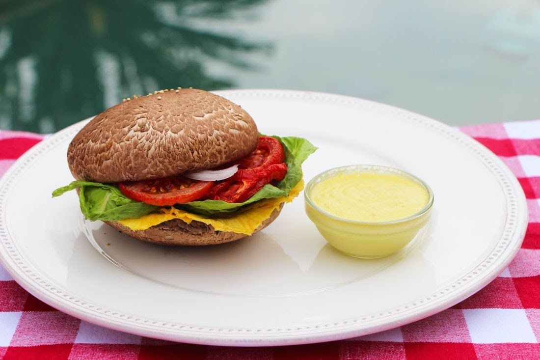 How to make a raw vegan burger and special sauce raw vegan how to make a raw vegan burger and special sauce forumfinder Images