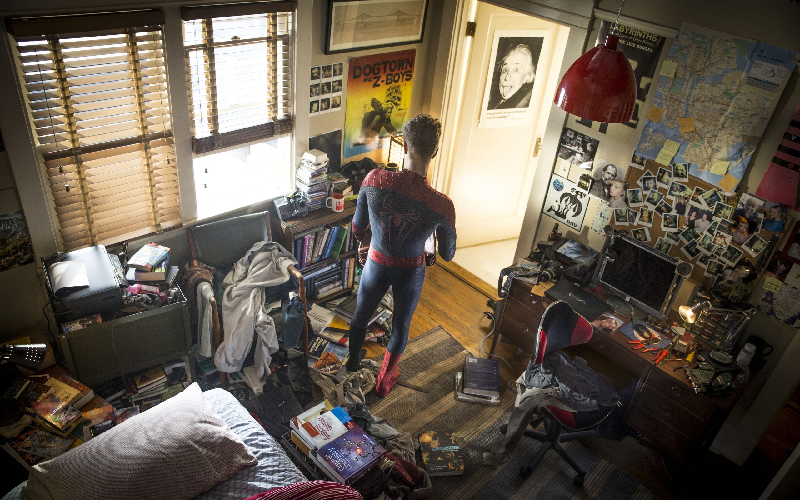 Spiderman Room Awesome Amazing Spider Man 2 Peter Parker Room Free