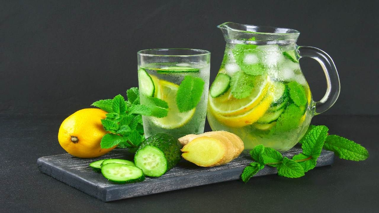summer drink:  Detox Water to cool your internal body