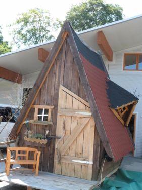 Hexenhaus Als Gartenhaus Oder Auch Gerateschuppen Gartenhaus Haus Style At Home