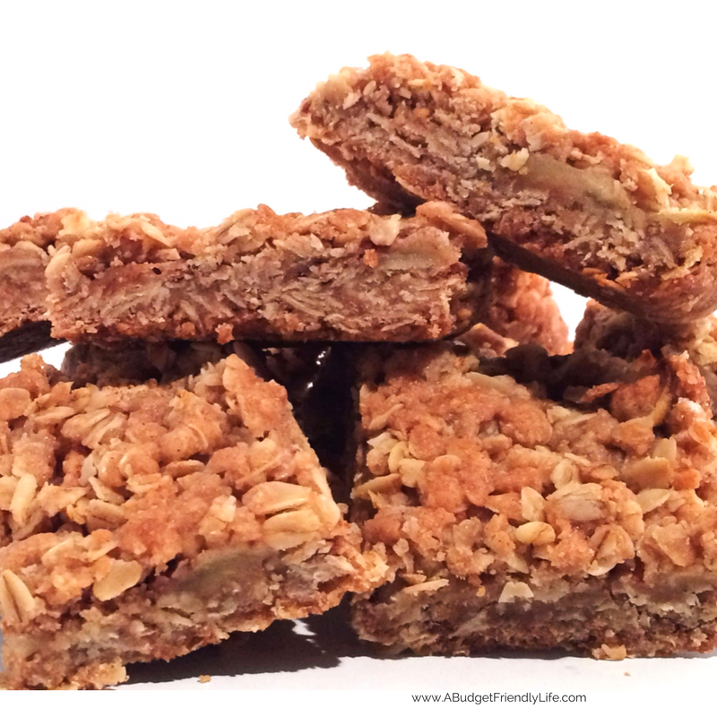 Apple Cinnamon Oatmeal Bars - Super easy to prepare. Made with fresh fruit and old-fashioned oats. These bars are perfect. With just the right combination of flavor from the apples, cinnamon and oats and just a splash of vanilla.