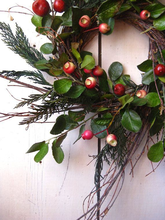 Colonial Christmas Wreath - Winter Wreath - Evergreens - Berry - Green Red & Wreath | ·Winter· | Pinterest | Wreaths Holidays and Christmas decor