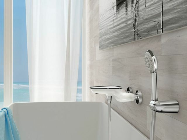 Moderne Duscharmatur U2013 Innovative Regendusche Von Webert #duscharmatur  #innovative #moderne #regendusche #