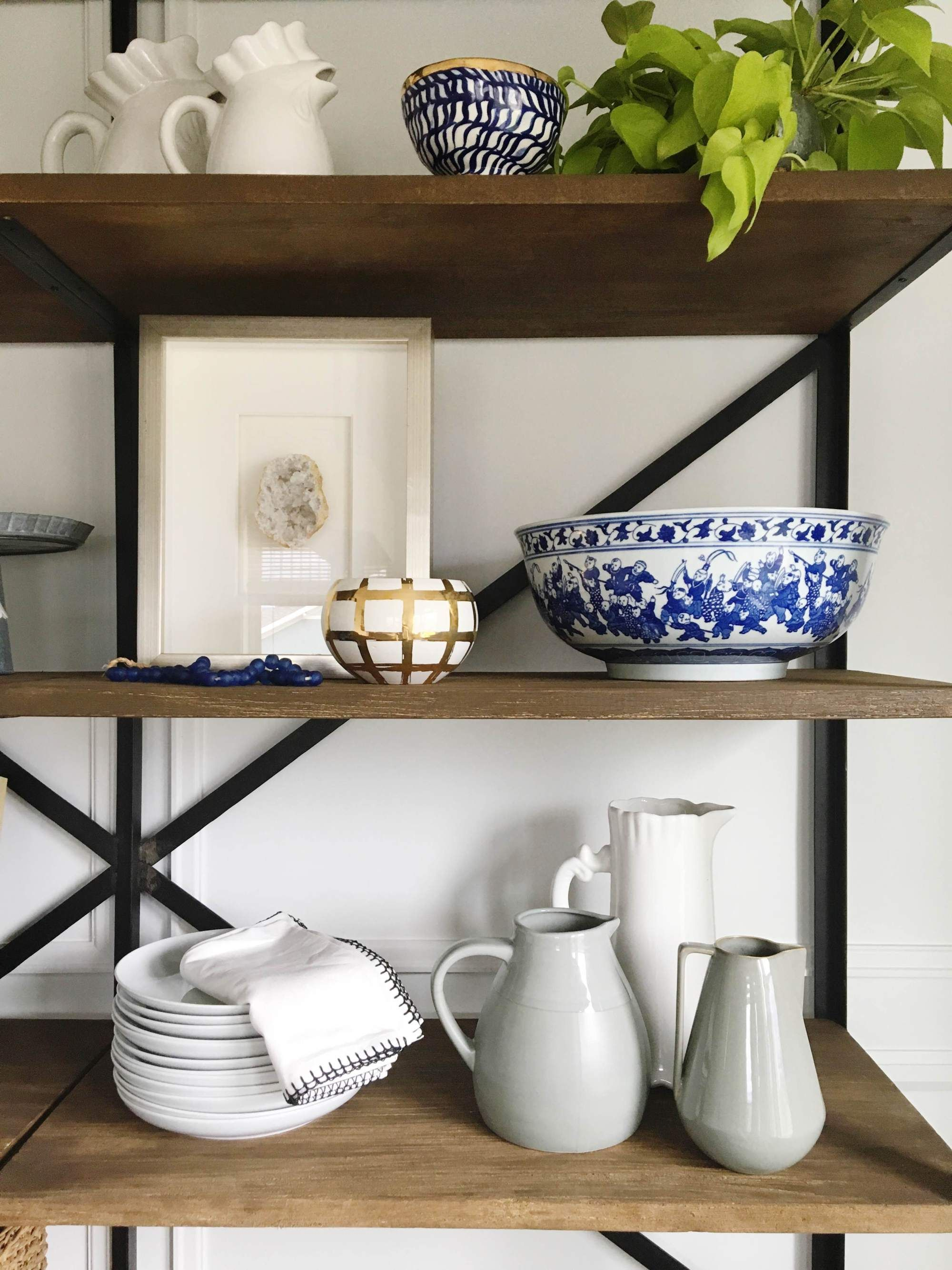 Ever admire a beautifully styled home but just can't recreate the look? House of Jade styled our bookshelf with these gorgeous trinkets and you can watch how they did it here!