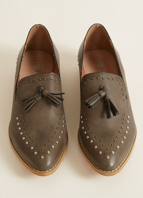 506a045e9eb 49 Beautiful Casual Style Shoes Looks That Will Make You Look ...