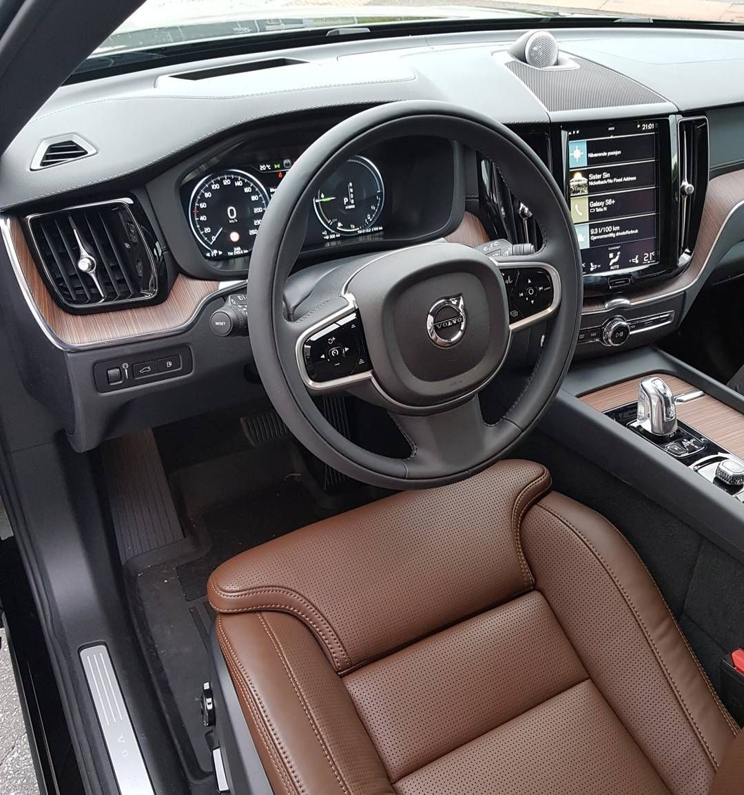 Onyx Black Volvo Xc60 Inscription With Maroon Brown Leather