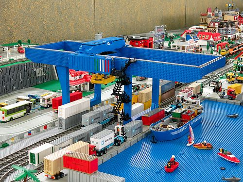 lego harbour cargo shipping port lego pinterest lego and photos. Black Bedroom Furniture Sets. Home Design Ideas