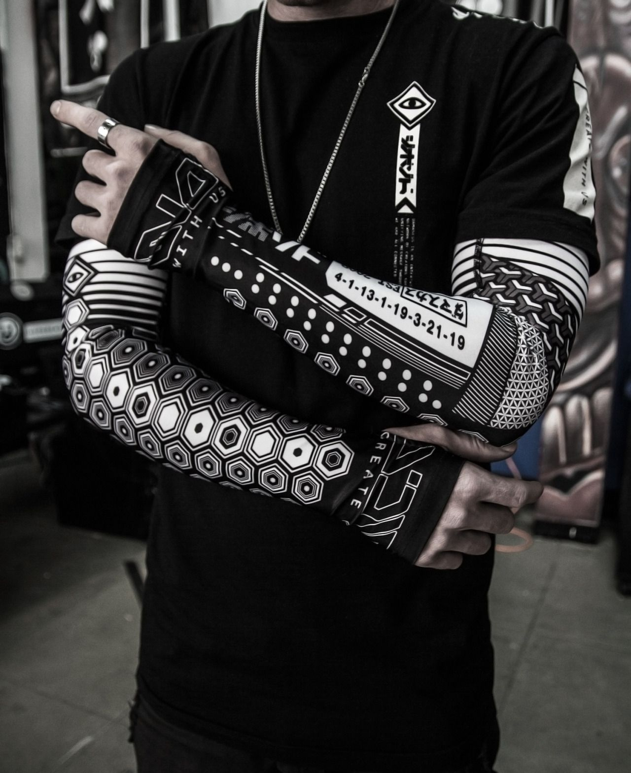 Damascus Apparel Power Sleeves Out This Monday Cyberpunk Fashion Street Wear Urban Dark Fashion