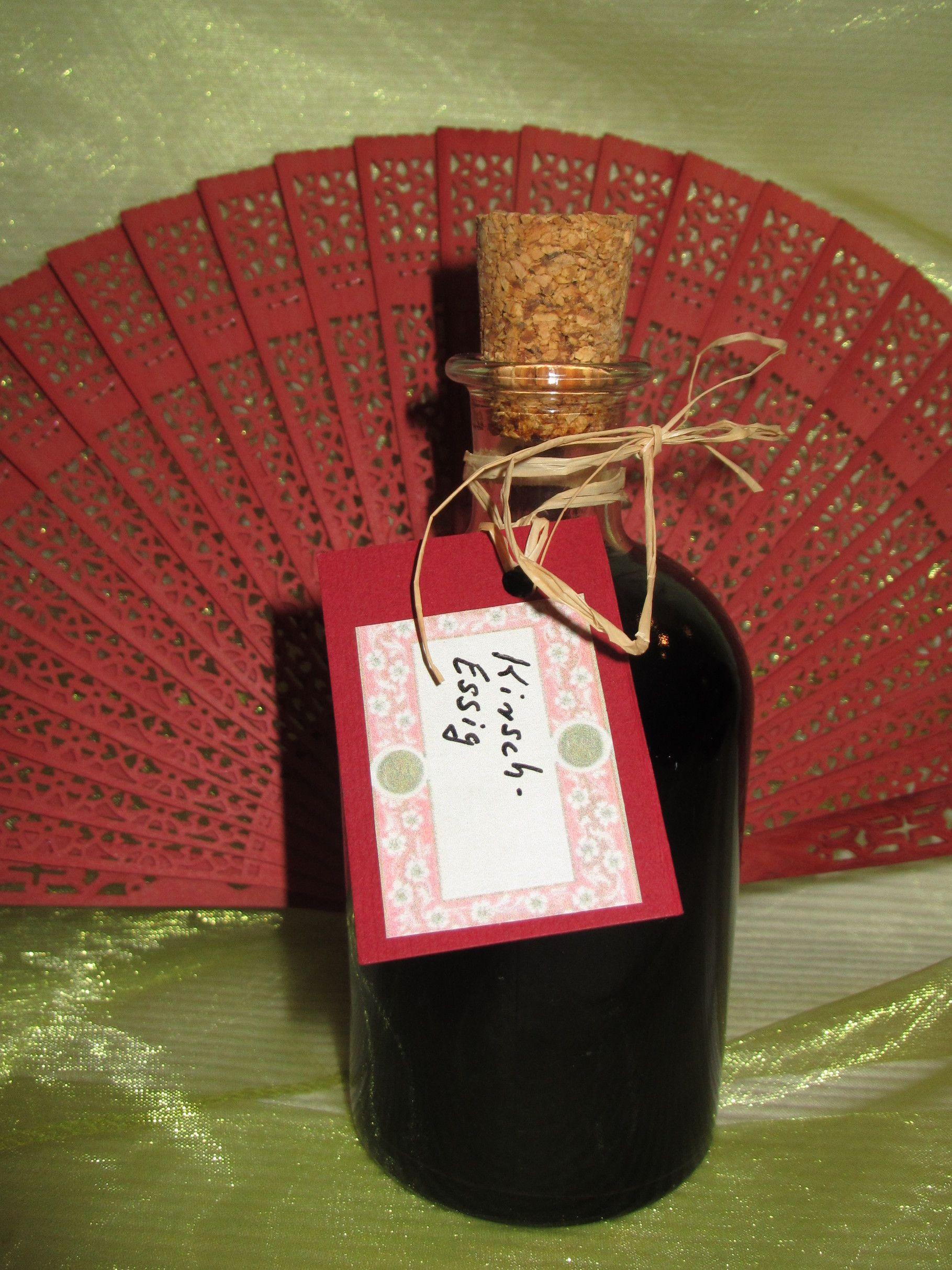 Kirschessig Zutaten 1 Flasche Acetico Balsamico Rot Bertoli 6 Saure 1 Scheibe Ingwer 1 Lorbeerblatt 1 Teel Kubebenpfeff Essig Essig Selber Machen Kirschen