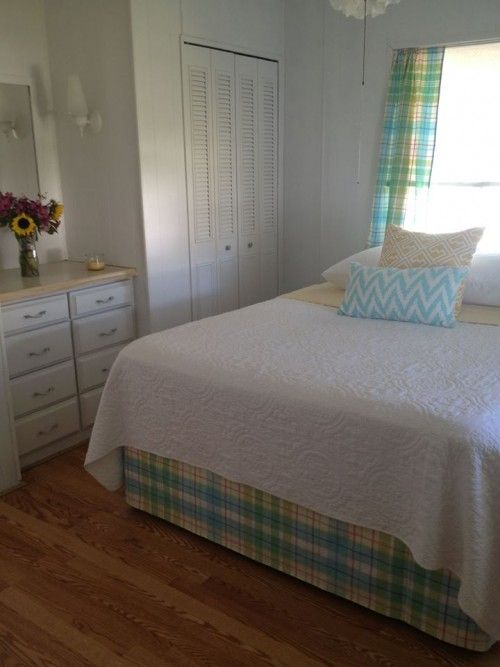 9 Great Mobile Home Bedroom Styles
