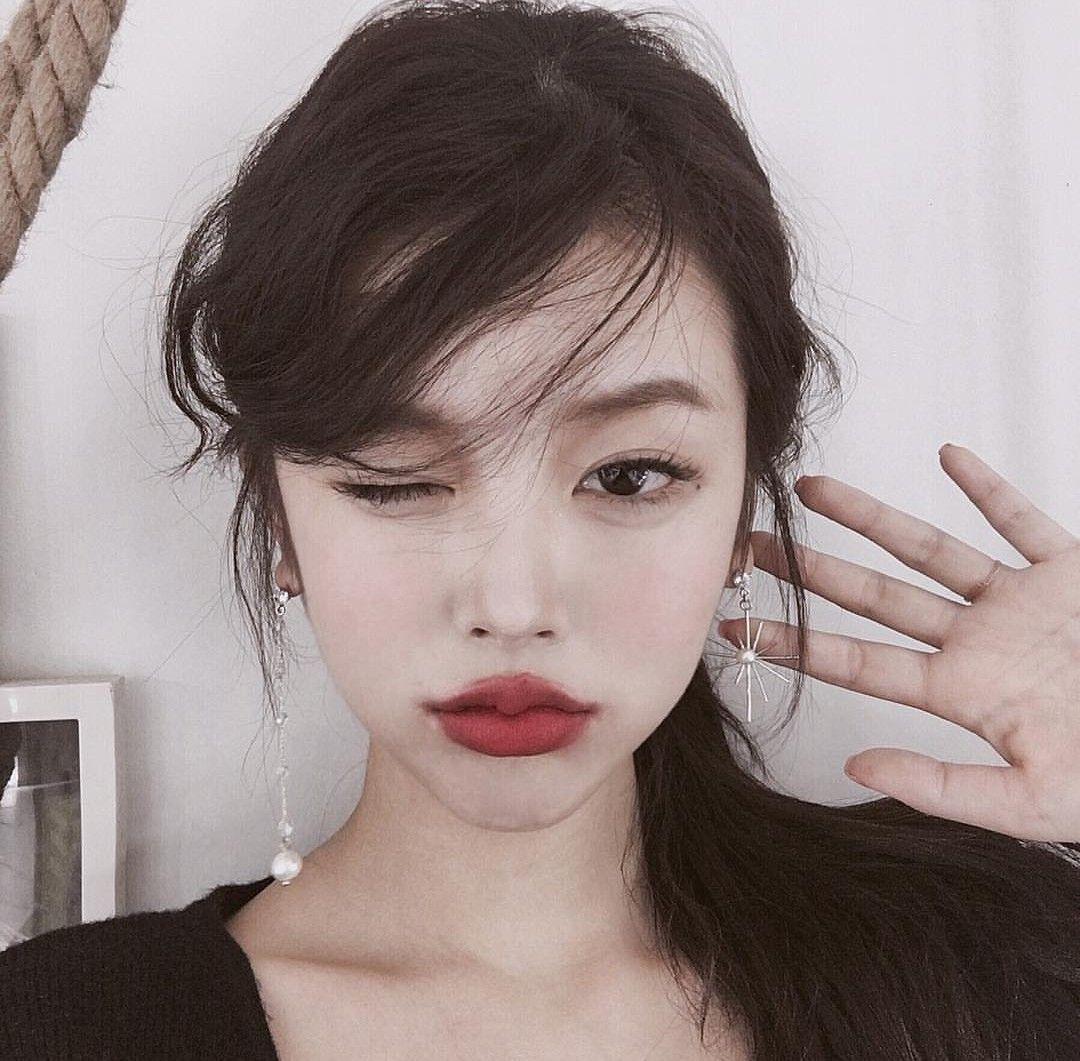 da_yommmi 🍁🍁 makeup lips girls ulzzang beautiful