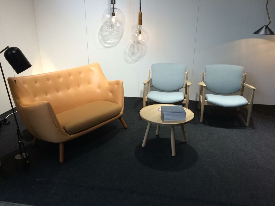 Finn juhl the baker sofa - Poet Sofa Pelican Table And France Chair By Finn Juhl