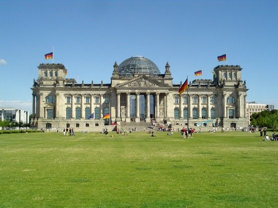 The Reichstag Building German Reichstagsgebaude Officially Plenarbereich Reichstagsgebaude Is A Historical Edifice In Berli Berlin Sights Building Germany