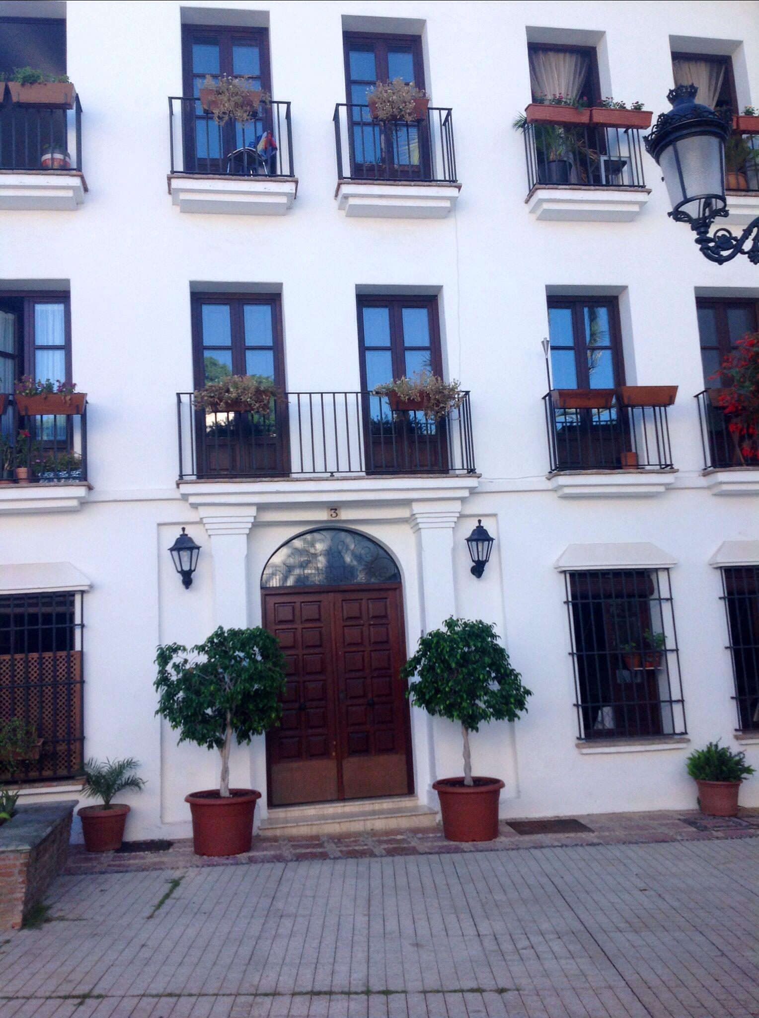 Apartamentos en la aplaza del Santo Cristo, MARBELLA