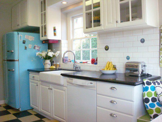25 Lovely Retro Kitchen Design Ideas Kitchens Vintage kitchen