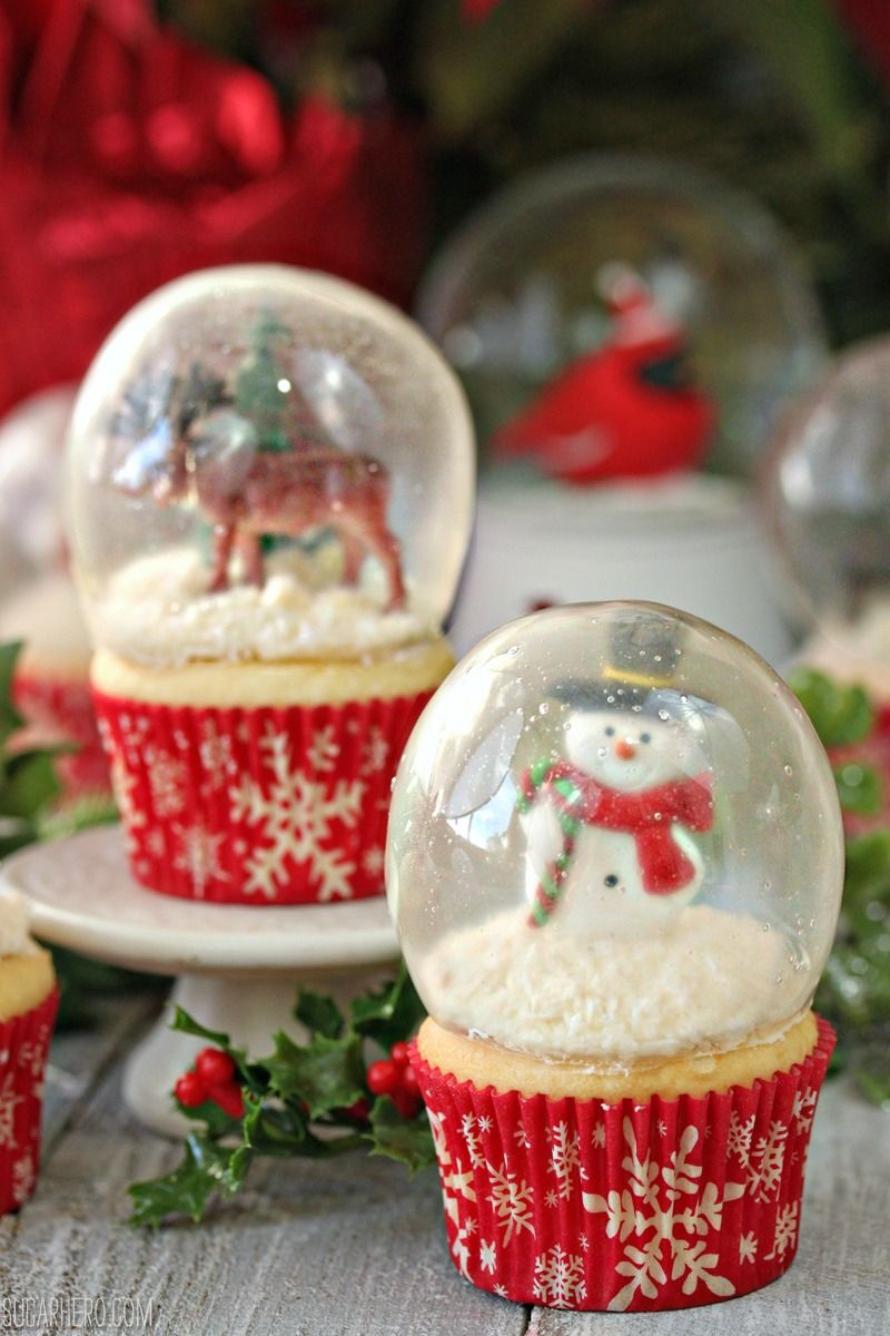"""Snow globe cupcakes with gelatin bubbles - yes, the """"glass' is actually made of gelatin!   From SugarHero.com"""