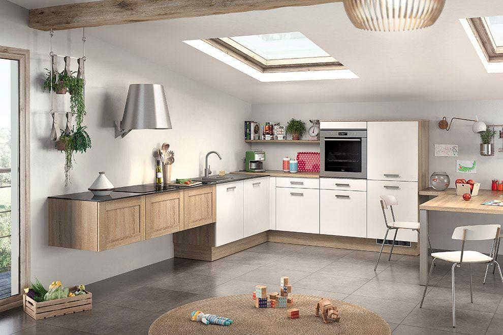 Cuisine Socooc Style Moderne Avec Velux Meubles Blancs Et Bois - Table de cuisine ronde ikea pour idees de deco de cuisine