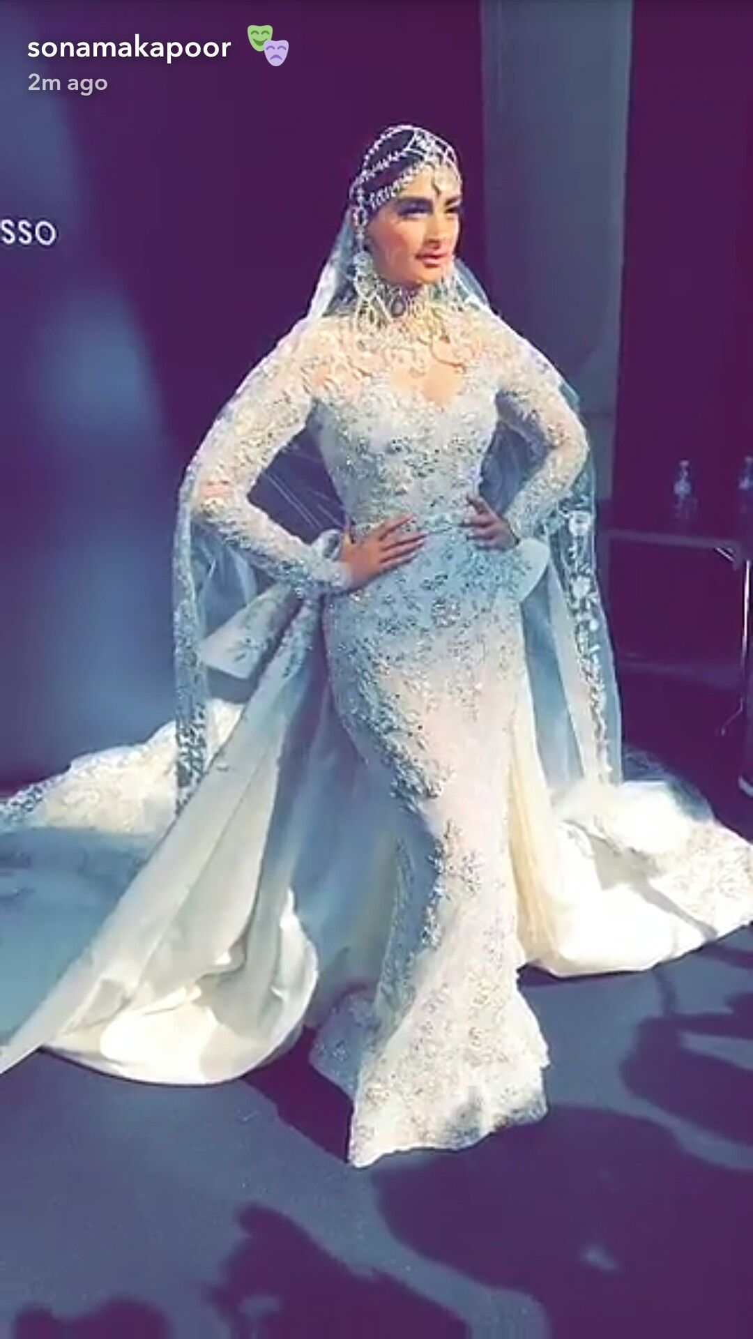 Awesome Kareena Kapoor Wedding Outfits Pictures Inspiration ...