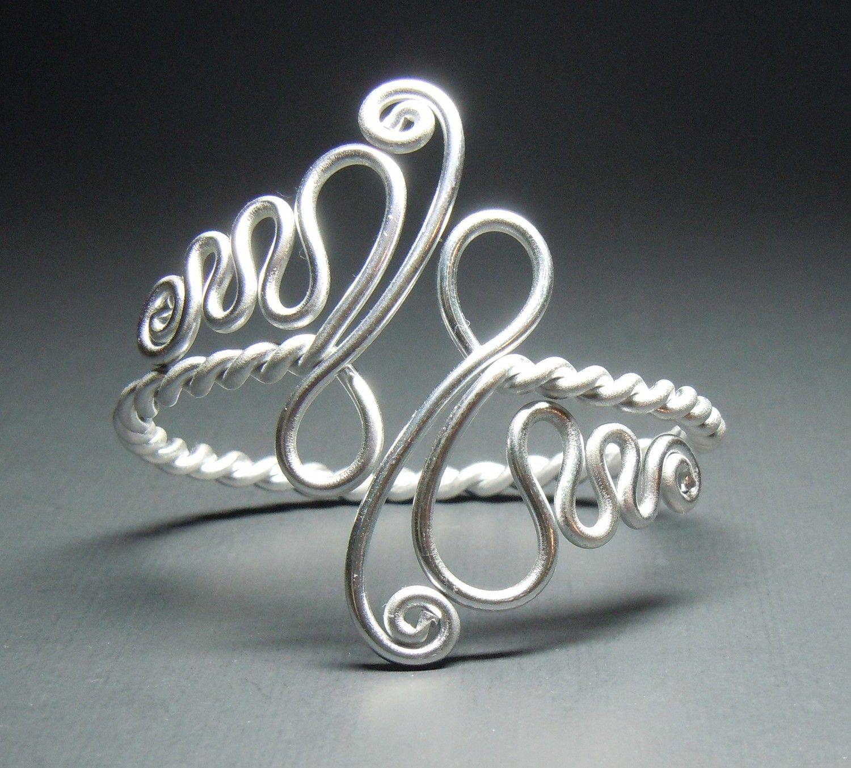Twisted Spirals Adjustable Bracelet | Drahtschmuck, Schmuck und Draht