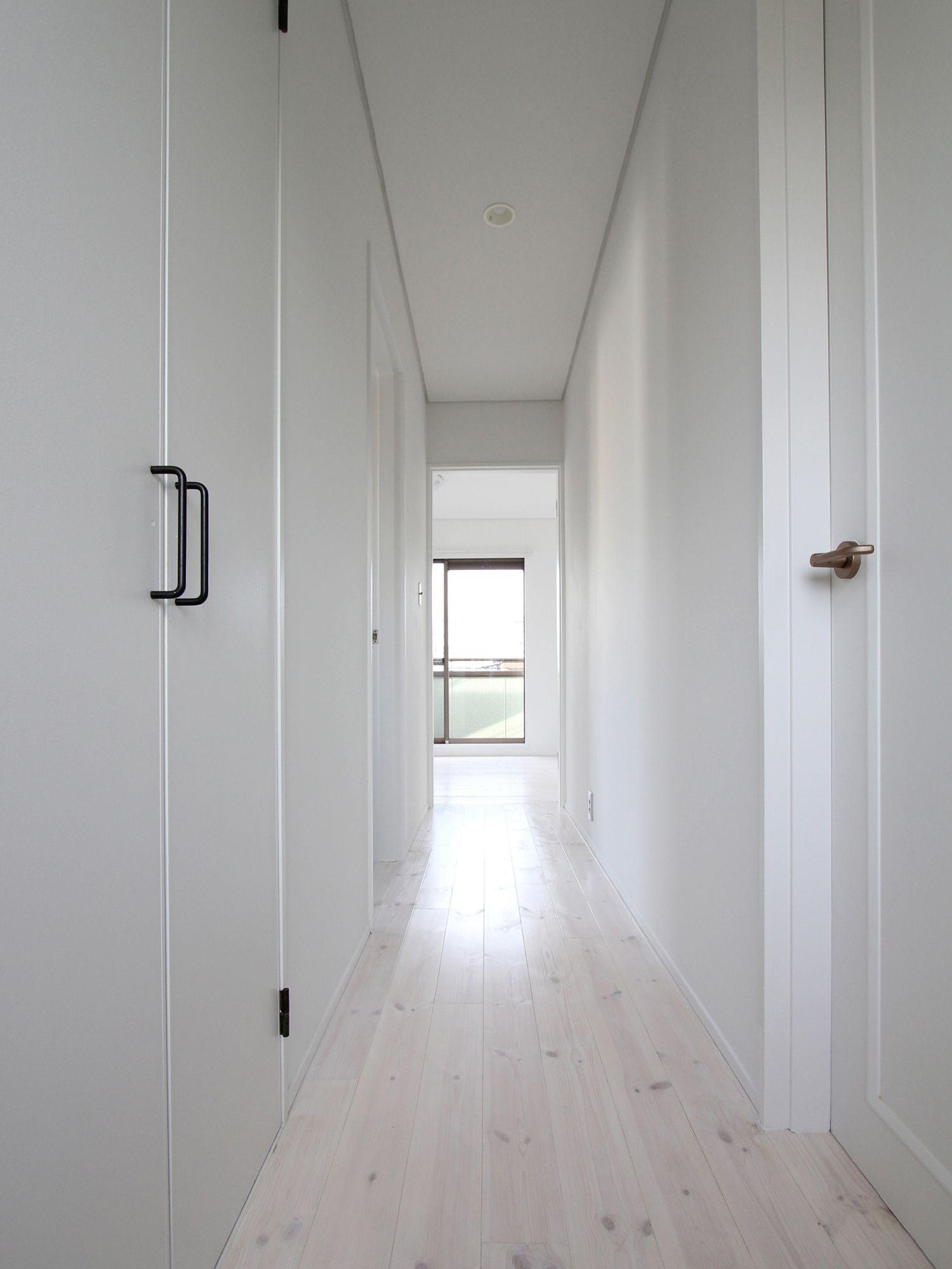 Flooring Floor White フローリング 床 廊下 白 フィールドガレージ