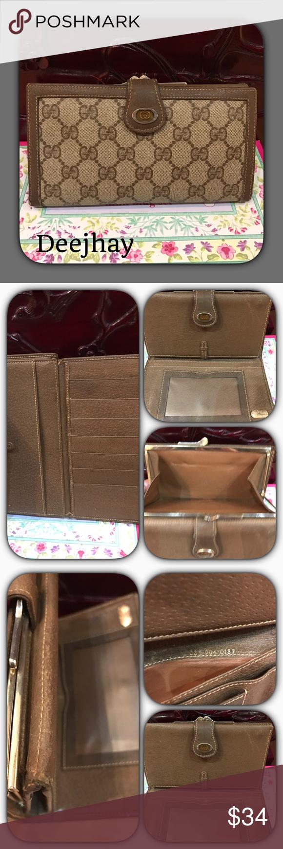 e8e77f8c6b0 Vintage Gucci wallet Authentic vintage Gucci wallet. Outside condition-  Scratches