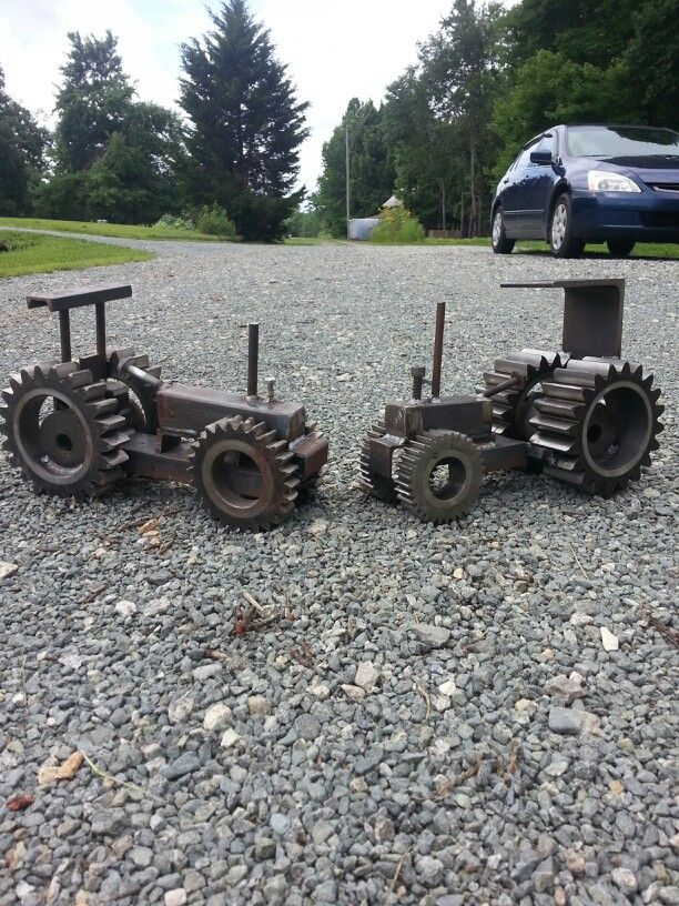 Tractors built out of gears and scrap metal metal for Tractor art projects