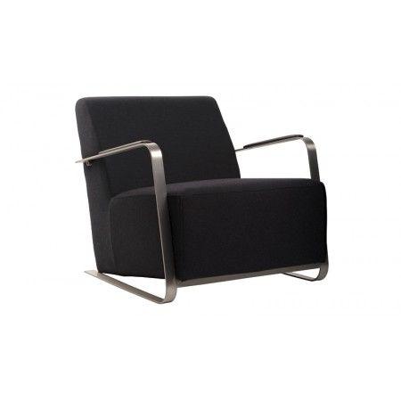 Aussi design que confortable, le fauteuil Adwin semble tout droit sorti d'un bar lounge branché ou du dernier boutique-hotel à la mode sur Manhattan... Choisissez le en version feutre noir ou pied-de-poule noir & blanc. De toute façon c'est une valeur sûre !