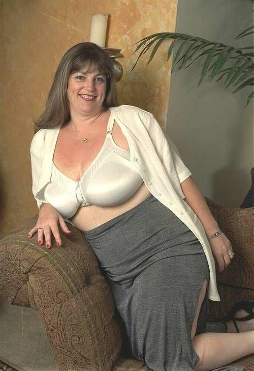 Rubbing big tits