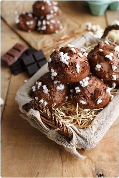 Chouquettes au chocolat | Recette | CHOCOLATE (shared ...