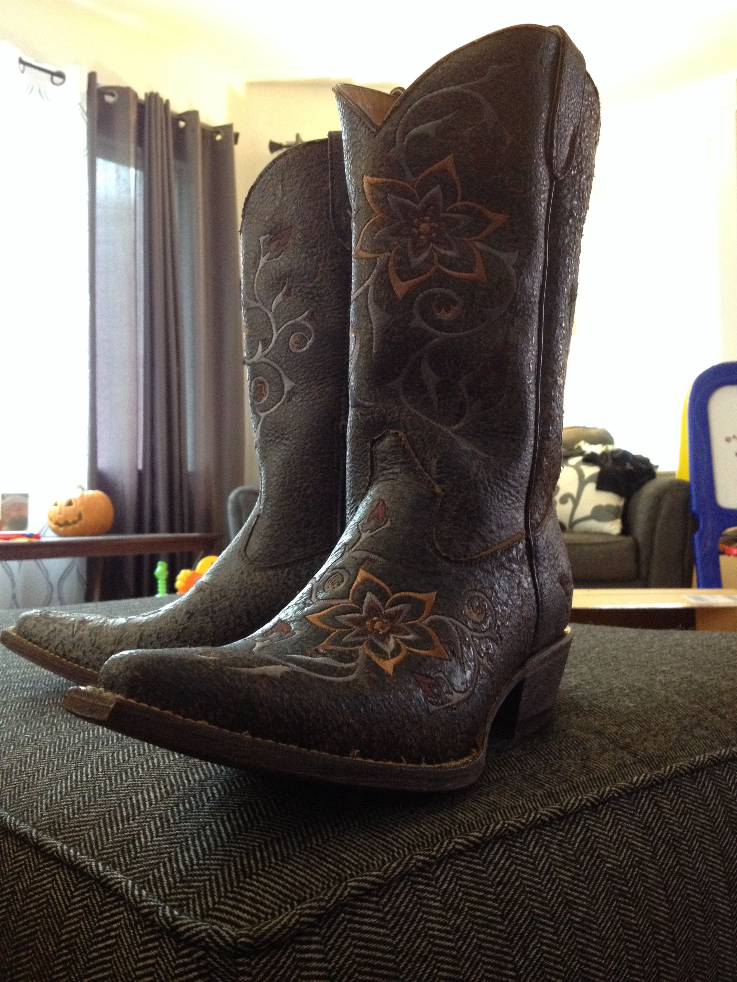 9bbab6ca7af Cowboy boots - Country outfitters | My Style | Country boots, Boots ...