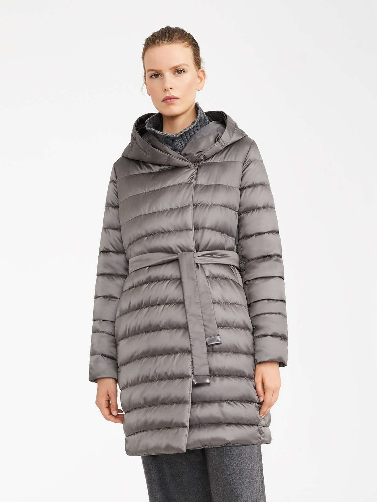 Women S Padded Coats New 2019 Collection Max Mara Jackets Coat 2020 Puffer Jackets [ 1600 x 1200 Pixel ]