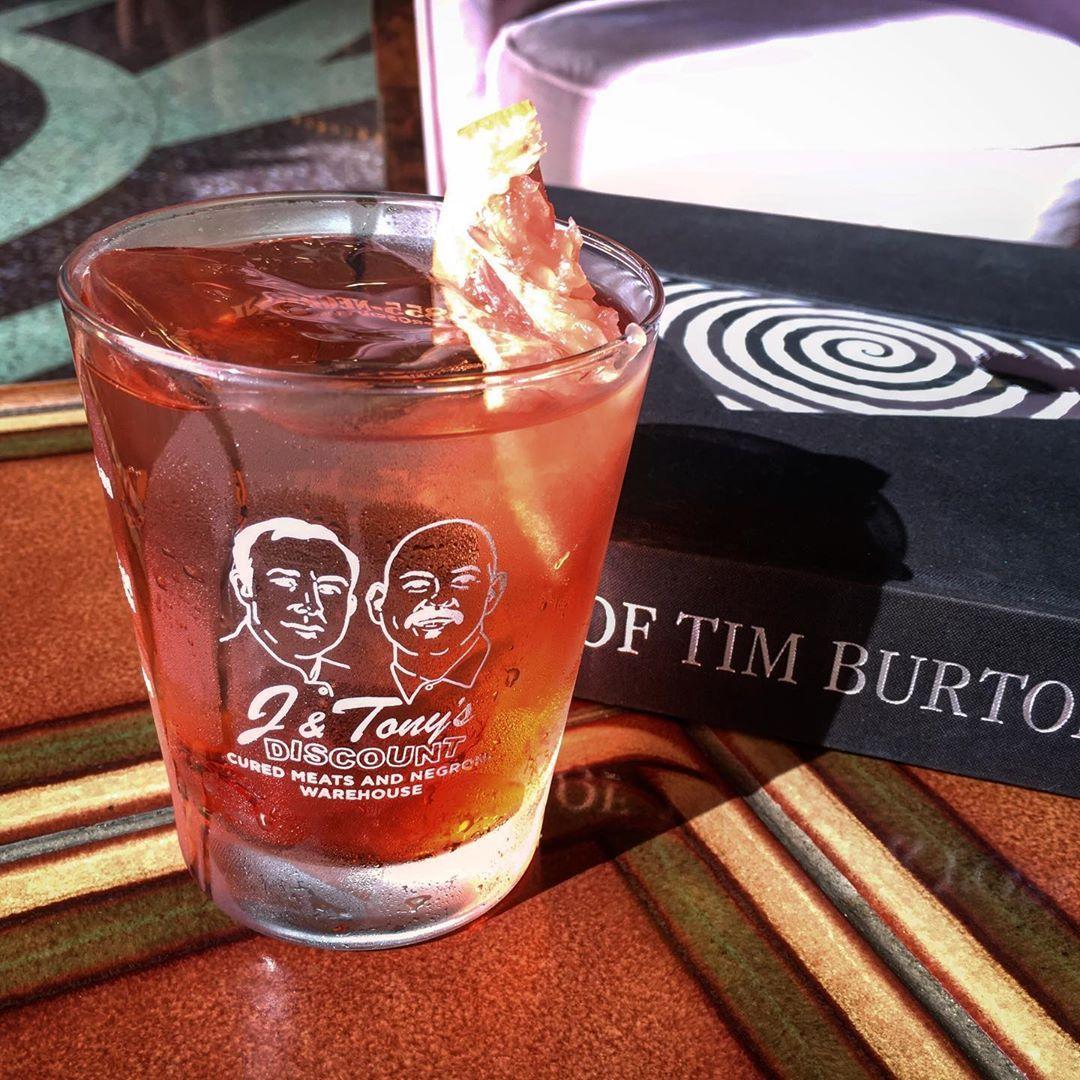 Famiglia Reale And Art Of Tim Burton Coffee Table Book J
