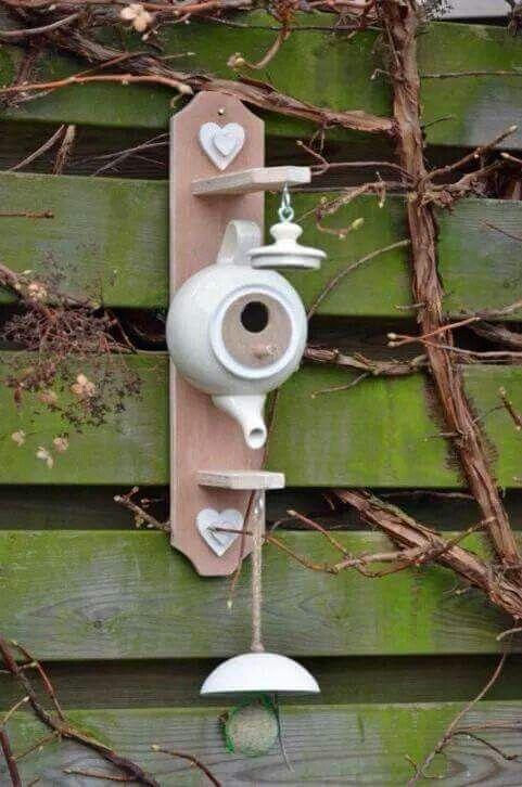 id e niche oiseaux jardin nichoir jardins et. Black Bedroom Furniture Sets. Home Design Ideas