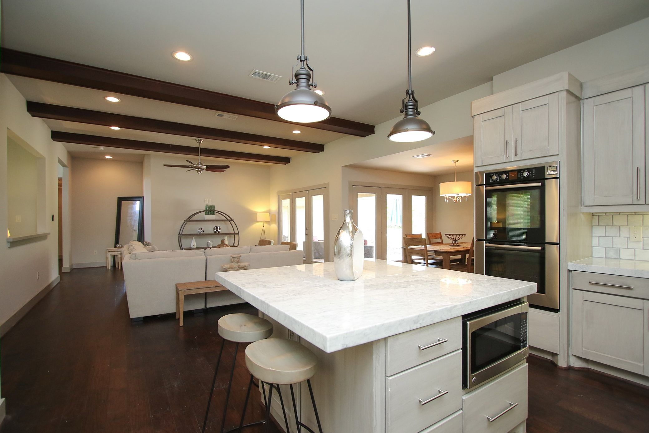 House rental image by luxurway on Houston Short Term