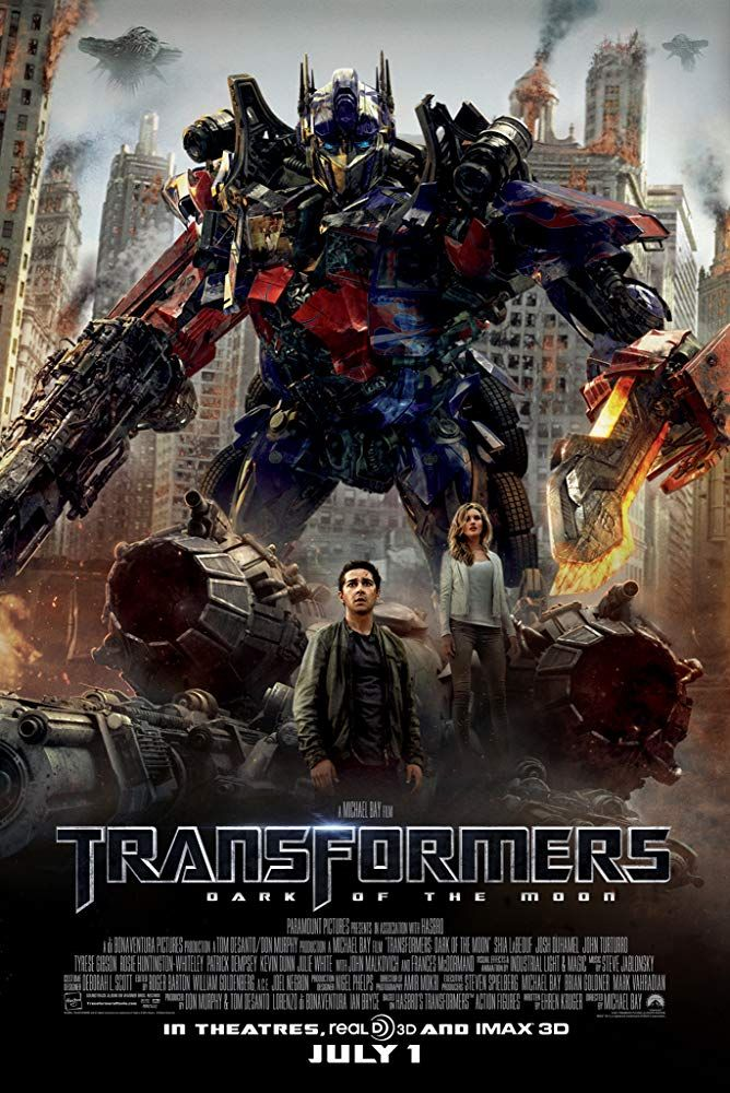 Shia LaBeouf and Rosie HuntingtonWhiteley in Transformers