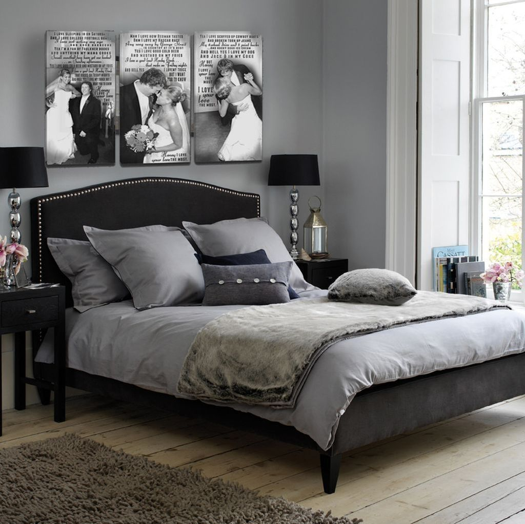 47 Modern White And Black Bedroom Decoration Ideas For Romantic Couples Trendhomy Com Bedroom Decor For Couples Bedroom Ideas For Couples Grey Small Bedroom Ideas For Couples