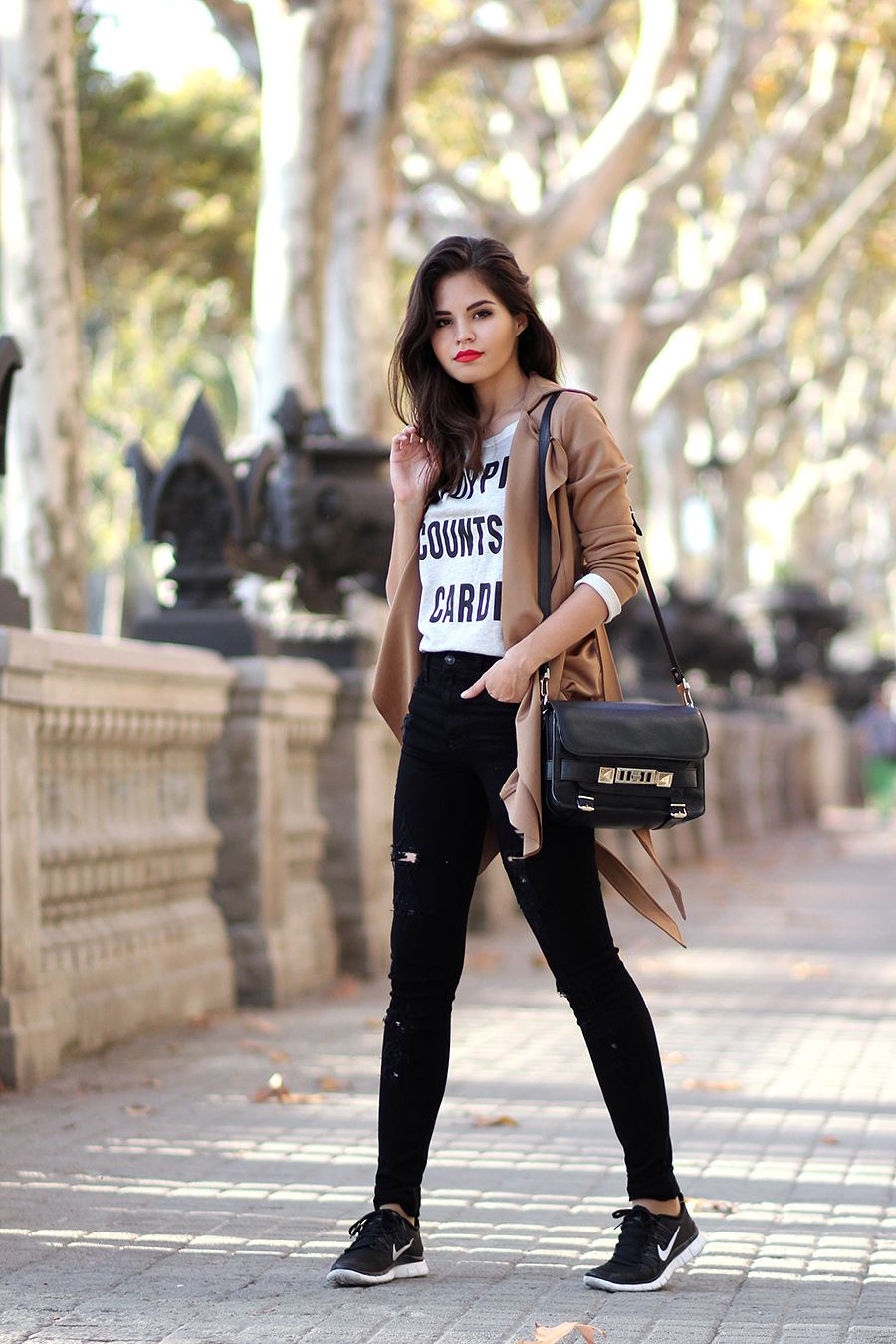 Surviving bad days | Fake Leather blog. Nike Shoes OutfitsSneakers Outfit  NikeNike Casual ...