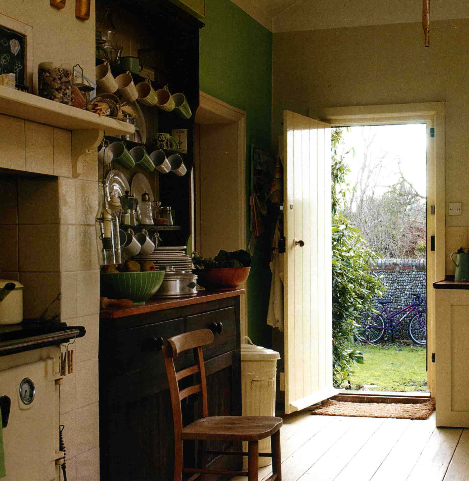 English Cottage Kitchen Designs: English Country Kitchens, House