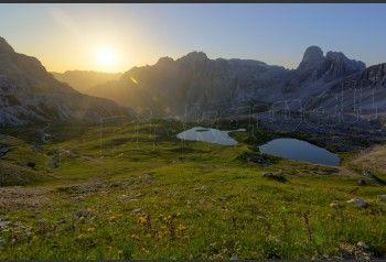 Italy, Dolomites, Tre Cime di Lavaredo sunrise