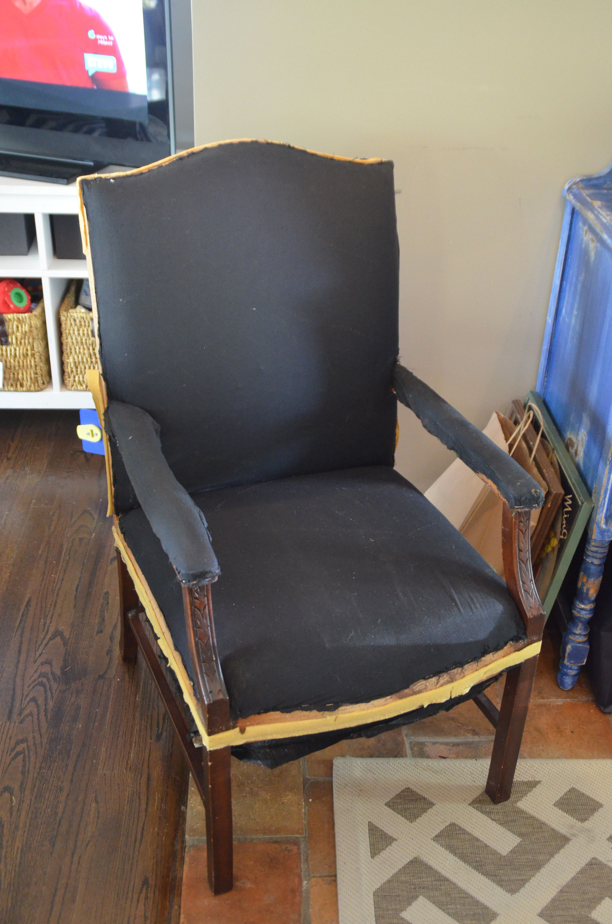 ikea, kilm, upholstery, chair, gimp, craigslist, foyer