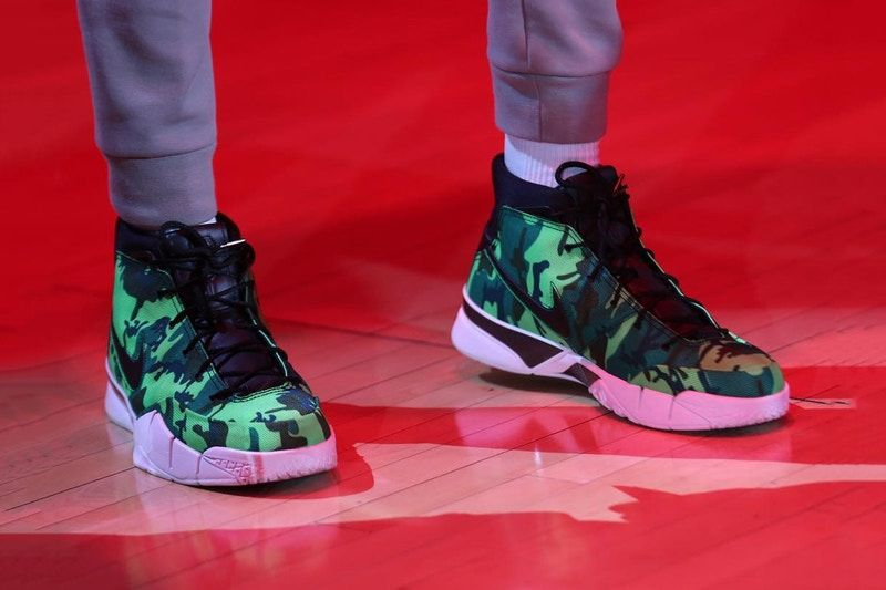 87fa5fc88129 Giannis Antetokounmpo Spotted Sporting a Bright Green UNDEFEATED x Nike  Kobe 1