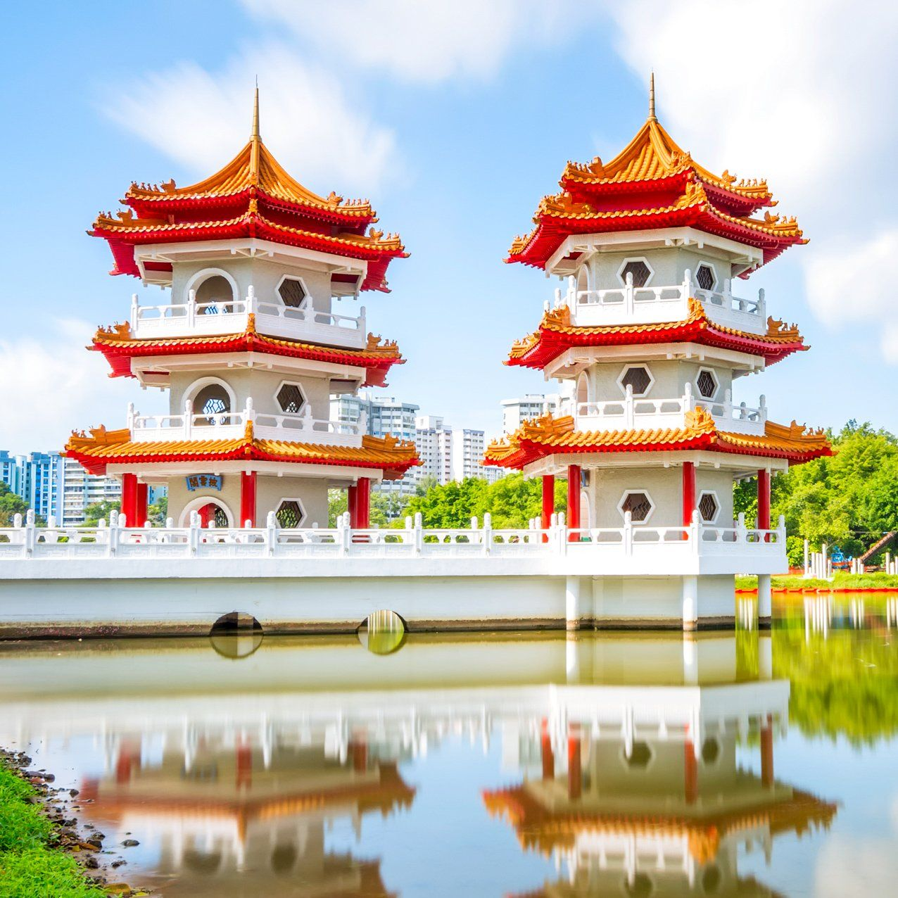 Explore Singapore S Stunning Chinese Garden Chinese Garden Singapore Singapore Changi Airport