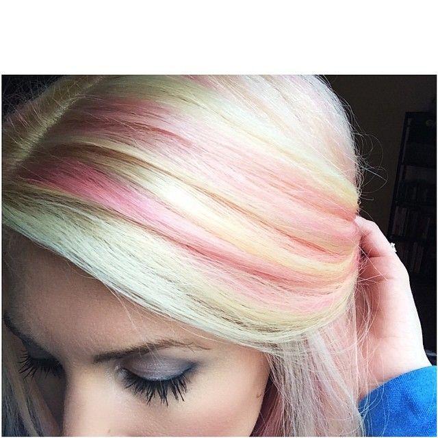 20 Best Short Blonde Hair Kort Blond Haar Kapsels Dip Dye Haar