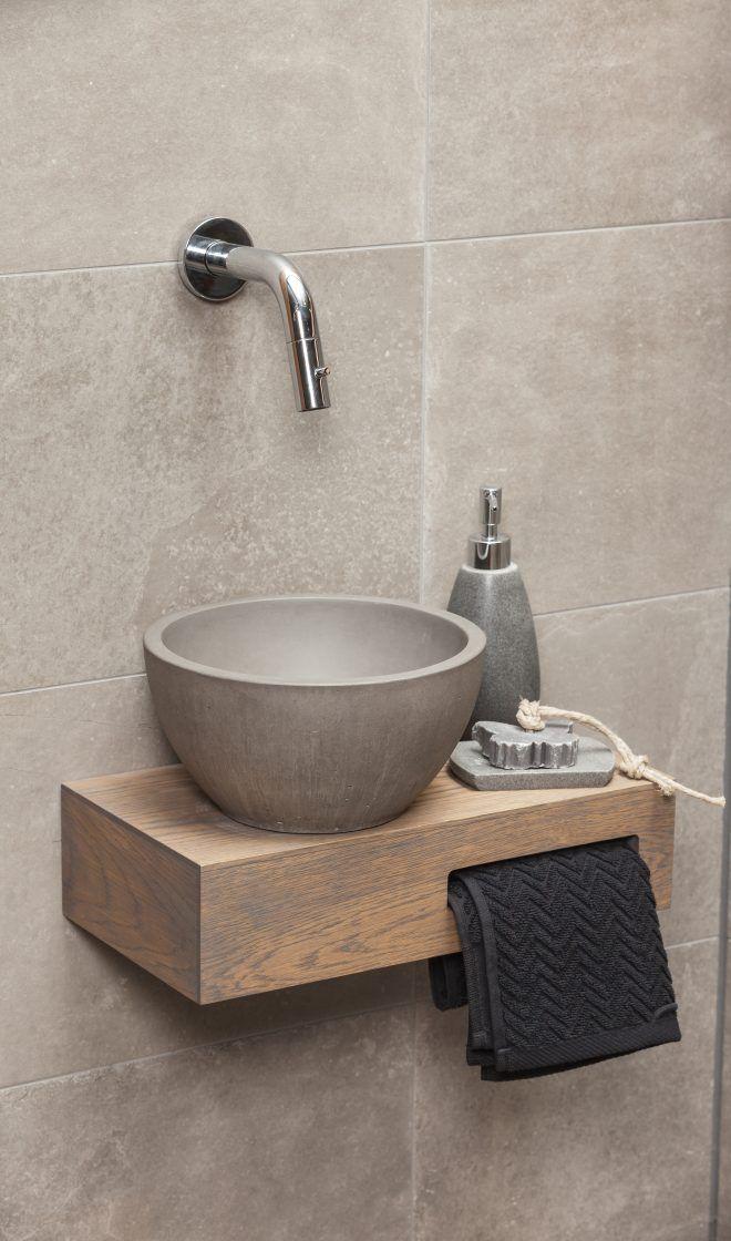 Fontein Industrieel - Janijko Surhuisterveen #smalltoiletroom