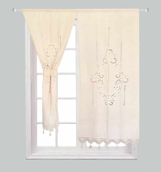 25 Ways to Add a Boho Touch to Your Bedroom for $25 or Less is part of Bohemian bedroom Window - Love the boho look, but tired of paying notverybohemian prices  We feel you