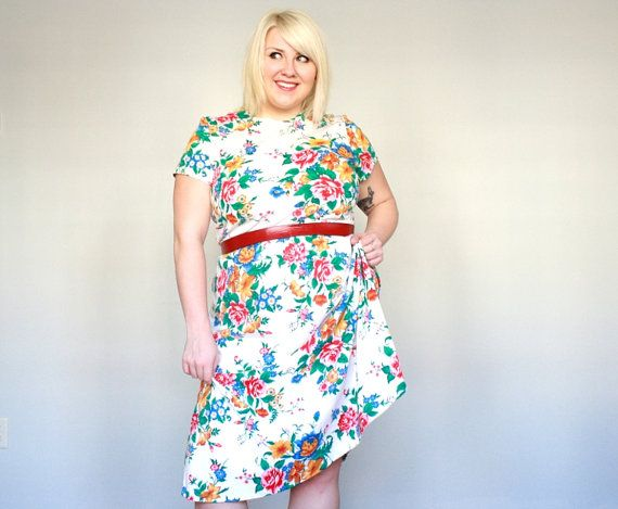 Bright Floral On White Plus Size Vintage Dress Xxl Youre Almost